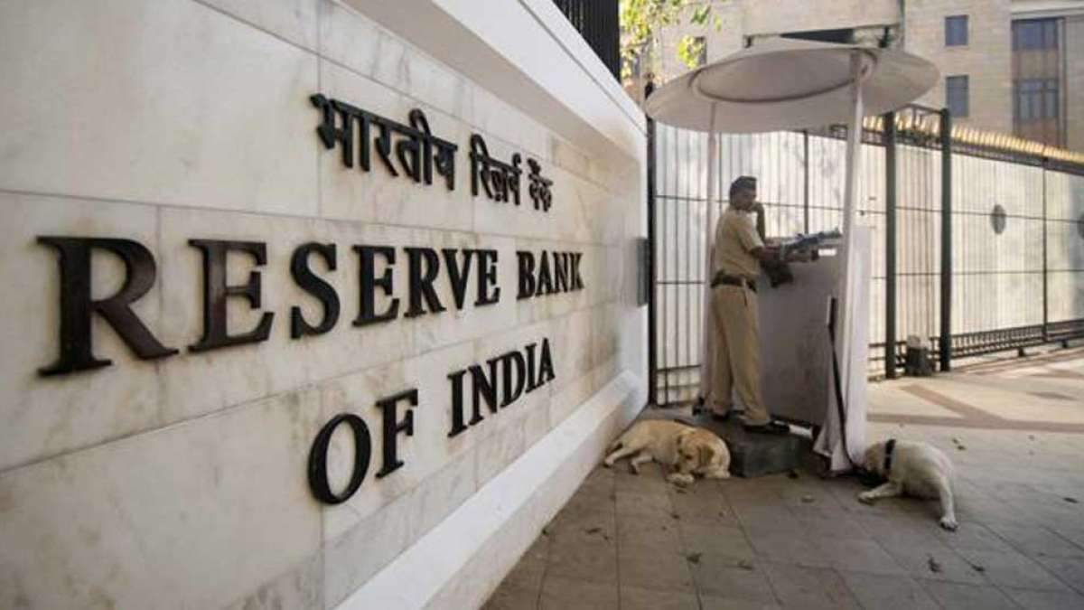Supreme Court orders RBI to make list of defaulter public