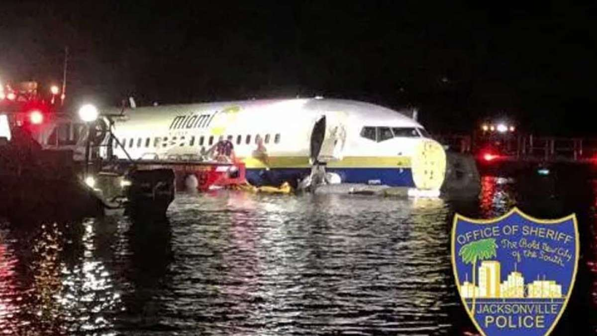 US: Boeing 737 skids off runway, enters into river near Jacksonville
