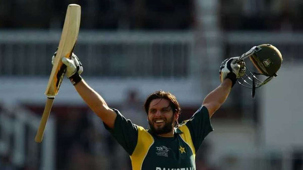 Shahid Afridi scored 37-ball century with Sachin Tendulkar's bat