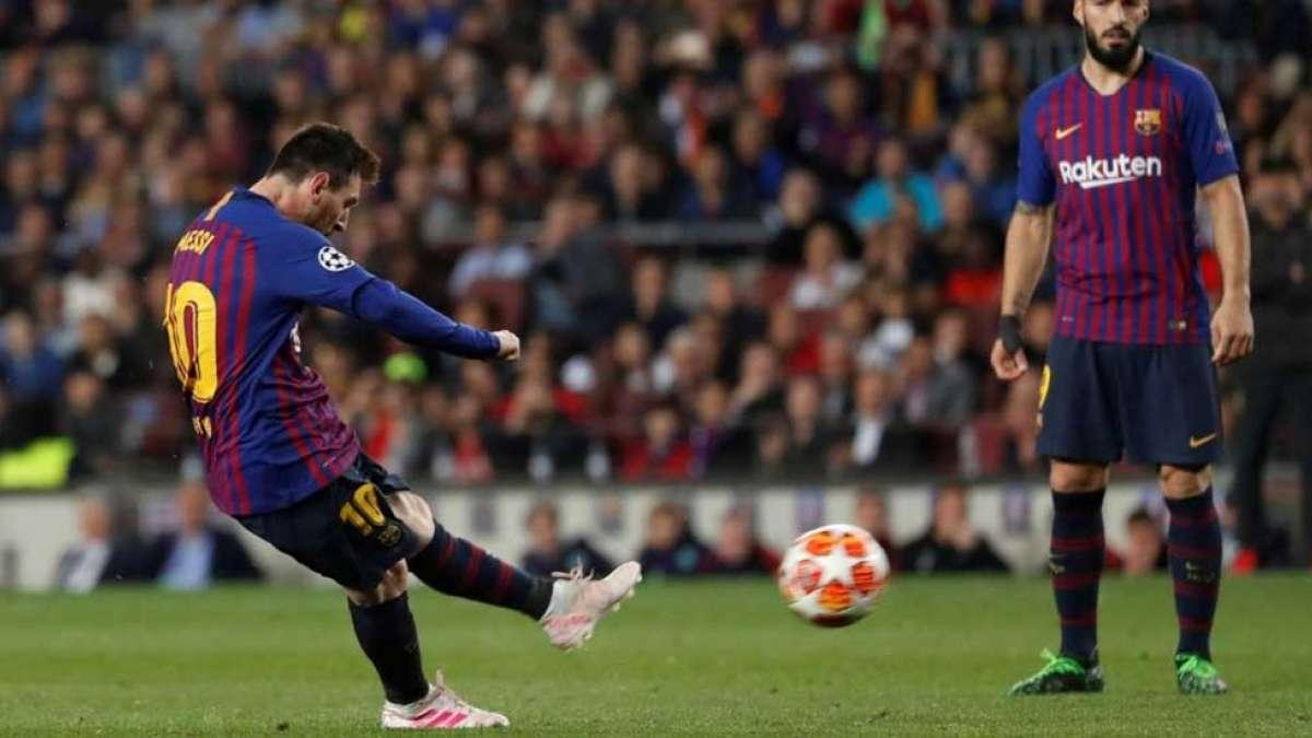 Brazil footballer Pele hails Messi after 600th goal landmark