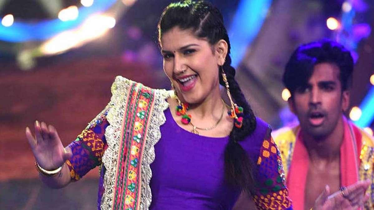 Watch: Sapna Choudhary sings Shah Rukh Khan's song 'Is Pyar Se Meri Taraf Na Dekho'