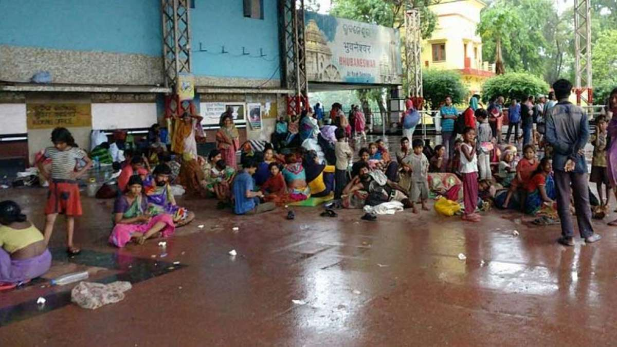 Cyclone Fani affects 1.48 lakh people, 37 killed: Reports