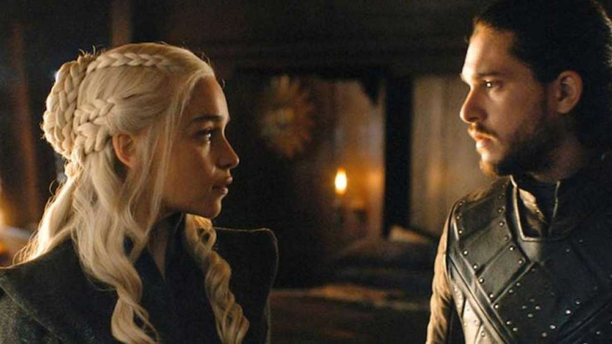 Girlfriend bans Game of Thrones for boyfriend, allegedly jealous of nude scenes