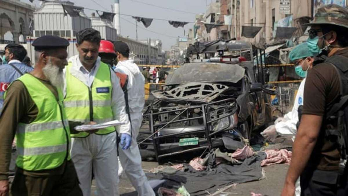 Pakistan Shrine Blast: 5 killed, 24 injured in the attack