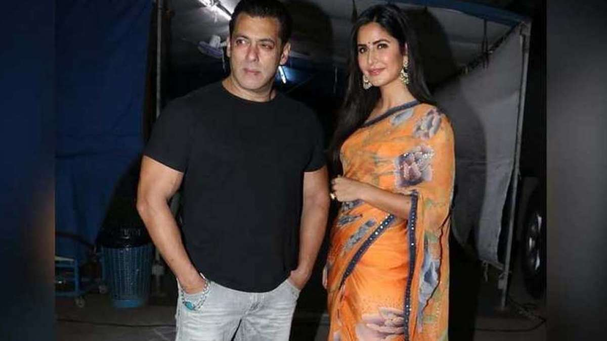 Salman Khan stares at Katrina Kaif with love. Check out the Bharat promotion picture