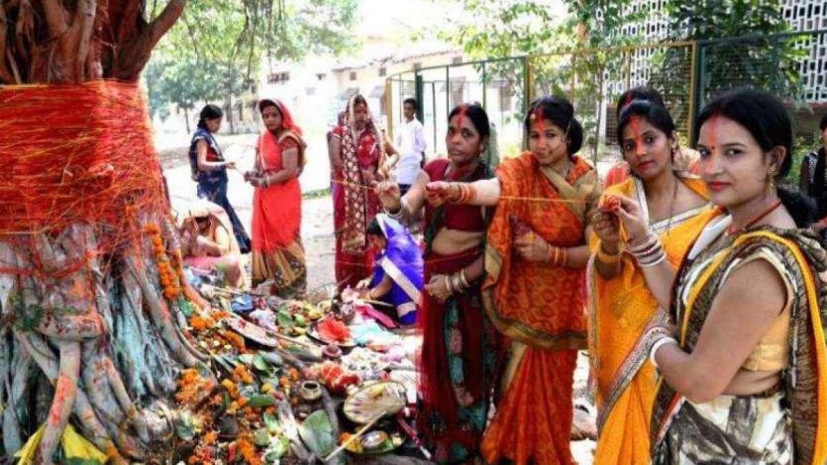 Vat Savitri Vrat 2019 Date and Timing, History, Shubh Muhurat, Puja Vidhi, Importance