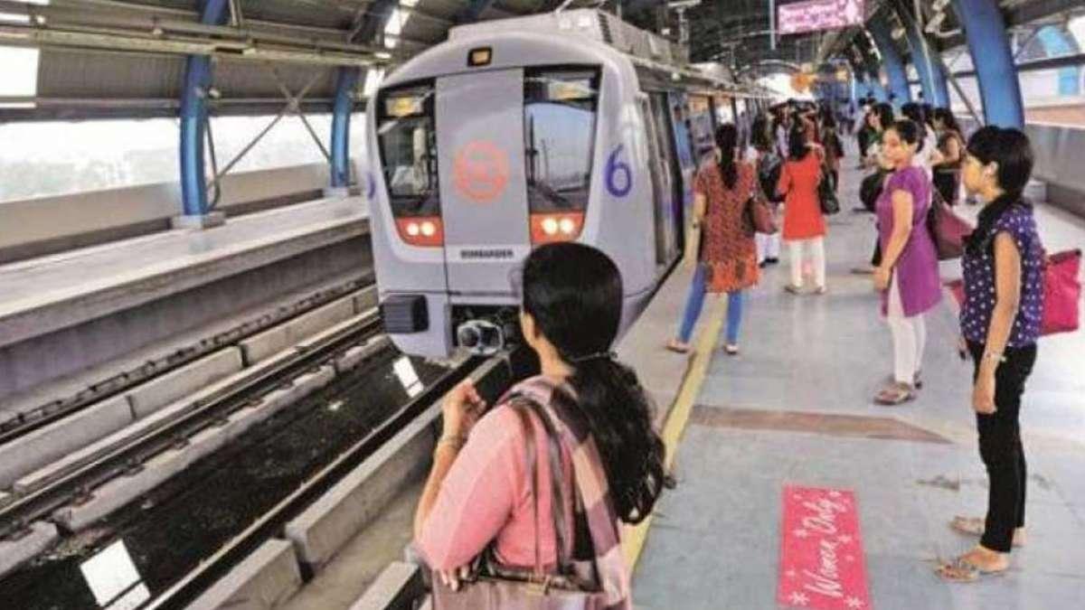 Public transport in Delhi now free for women travellers