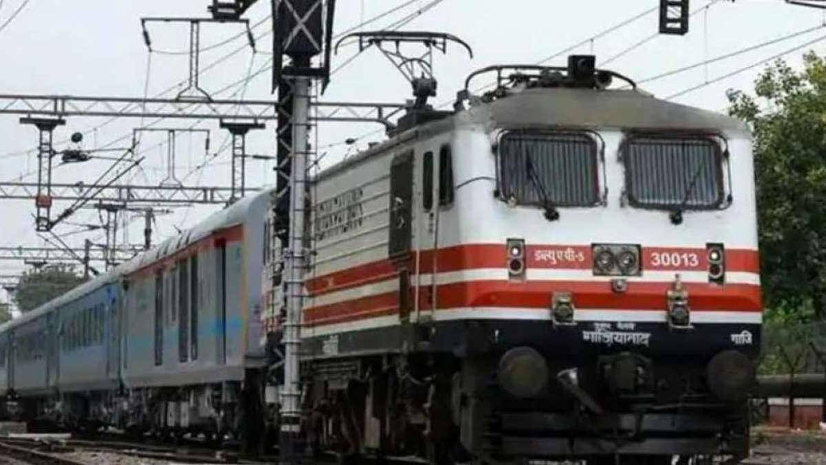 Indian Railways drops 'massage' service on train proposal