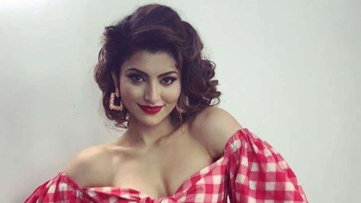 Urvashi Rautela celebrates 18 million followers with 'Senorita'