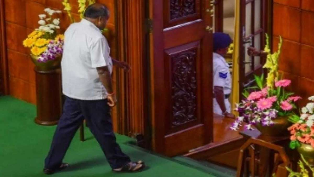 Yeddyurappa plans return as Congress-JDS alliance government falls in Karnataka