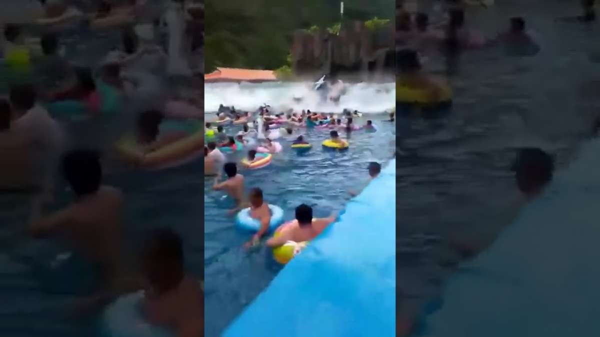 China: Tsunami in Water Park, 44 injured