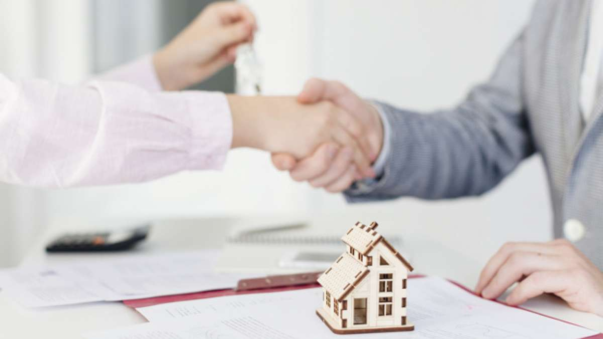 Guaranteed loan against property in 4 days with Bajaj Housing Finance Limited