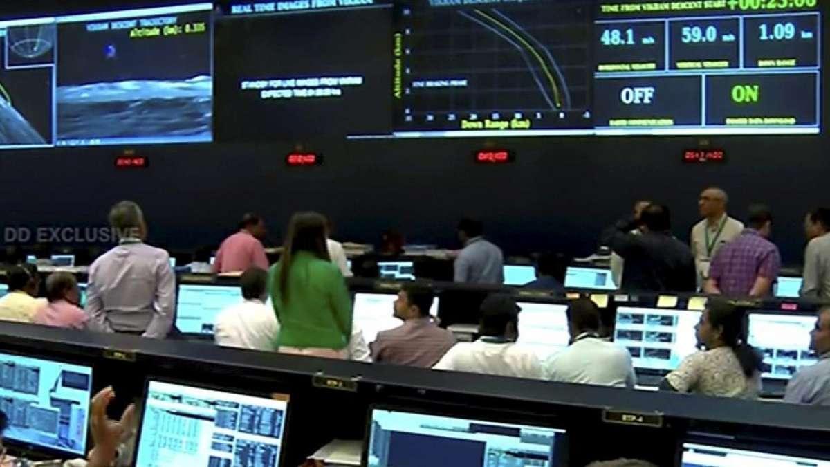 Chandrayaan 2: Just 2.1 kms away, Vikram lander communication goes off, data analysis on
