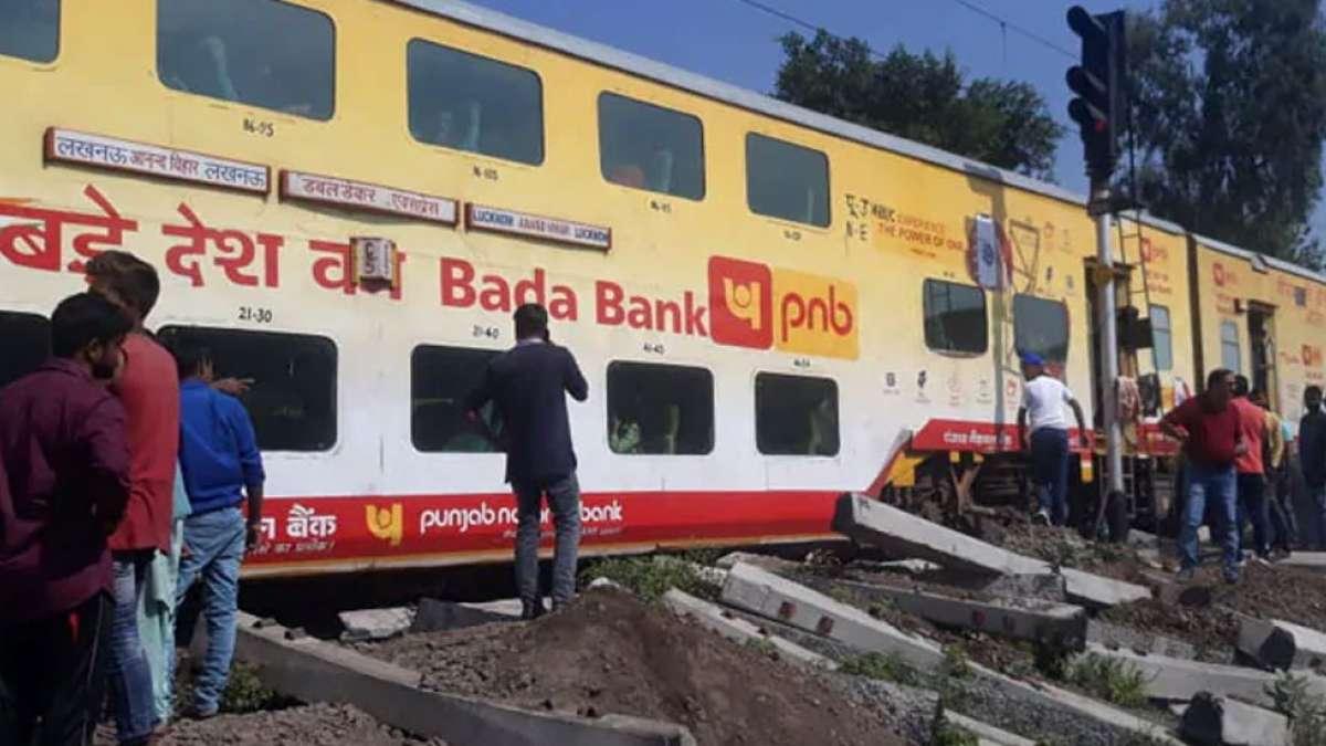 3 coaches of Lucknow-Delhi double decker train derail in UP