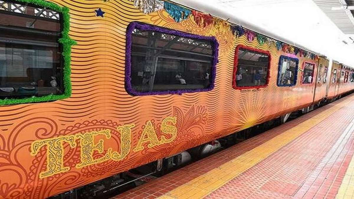 150 trains, 50 Railway stations to be privatized soon