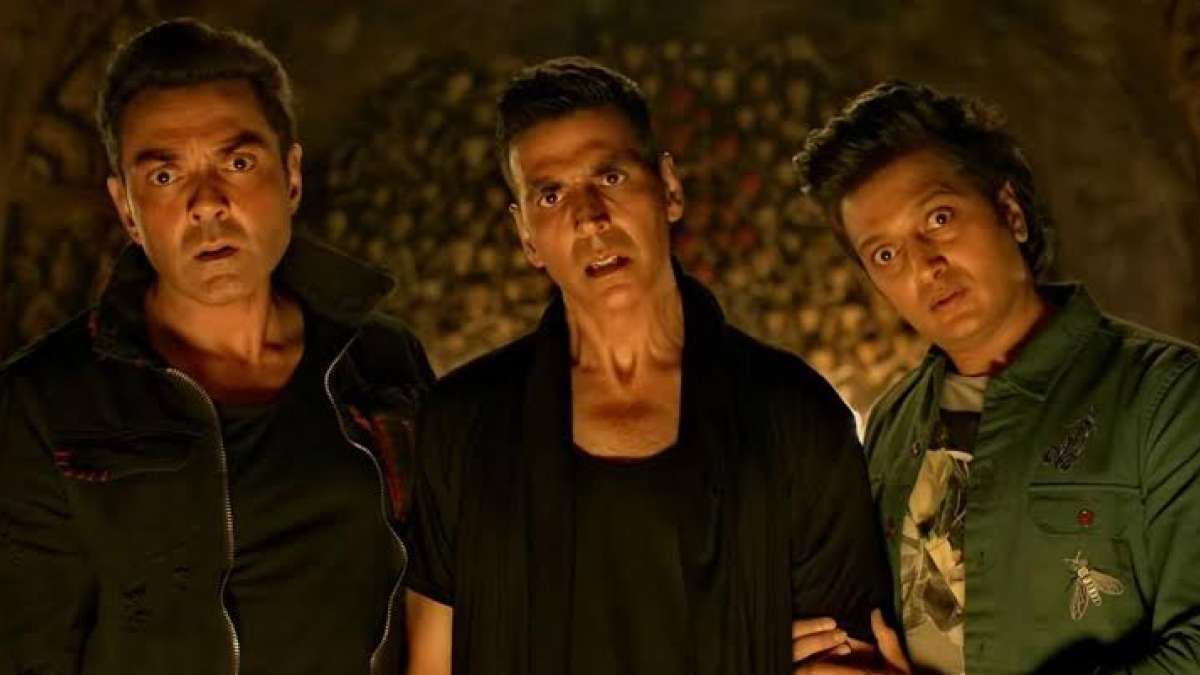 Housefull 4: Akshay Kumar's movie earns Rs 80 crores in four days at Box Office