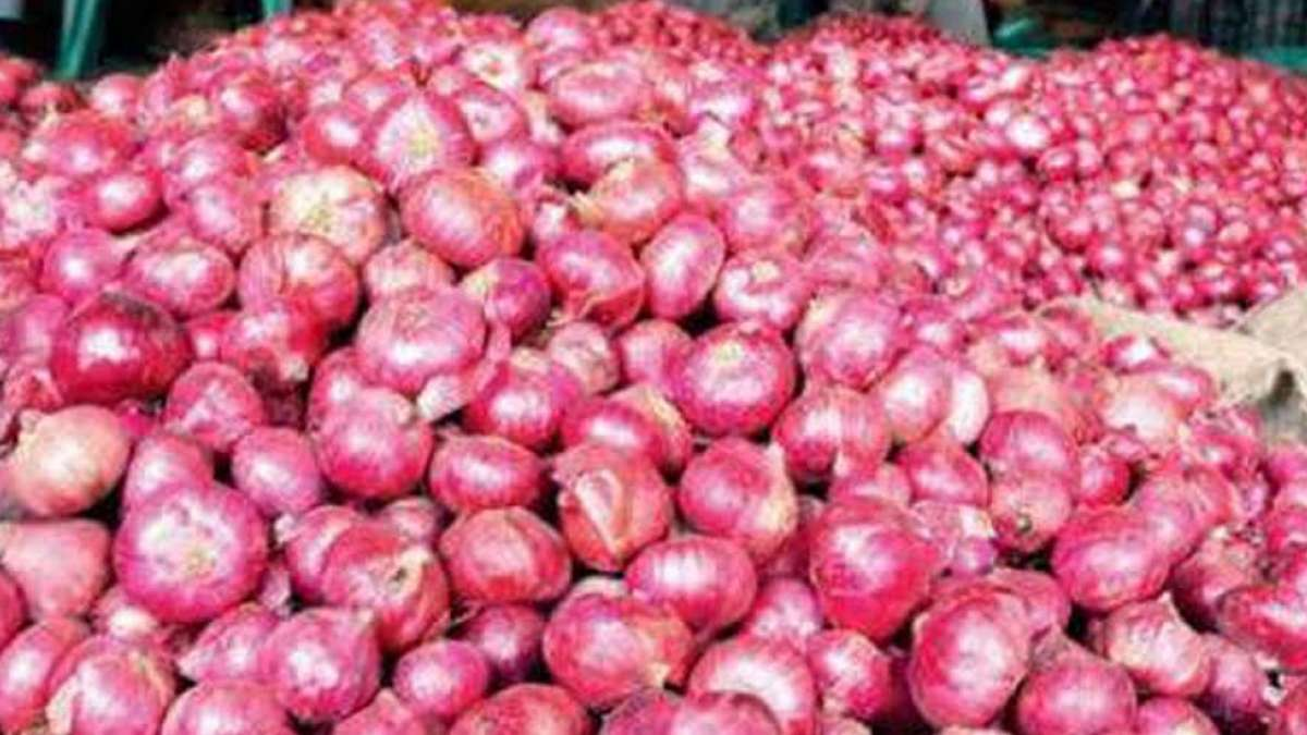 Onion touches Rs 100 per kg mark in some states